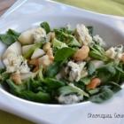 Salade de mâche, poire et noix de cajou
