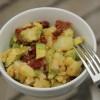 Salade de pommes de terre et avocat tomates séchées