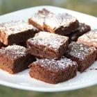 Gâteau au chocolat aux pois chiches et aux dattes