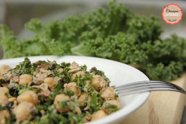 Salade détox au chou kale et au pois chiche
