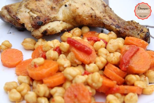 Salade de pois chiche au poivrons confits, carottes et cumin