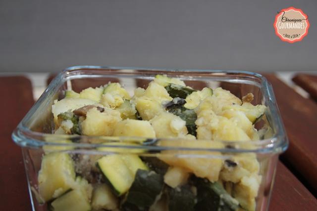 Patates, courgettes, champignons de Paris et ail