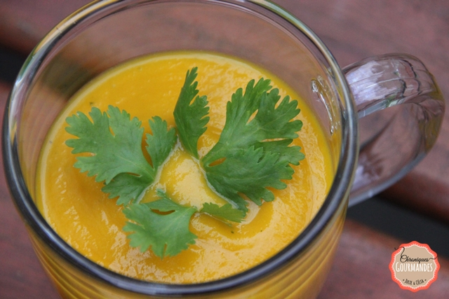 Velouté de carottes à la coriandre fraîche